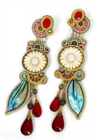 These would be so cute with a white T shirt, no other jewelry :)