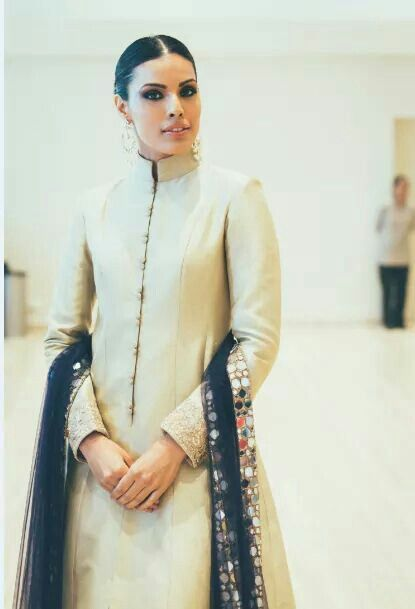 .Silk and Mirror : The Royal Charm from the old-world. Get this made on www.faaya.in