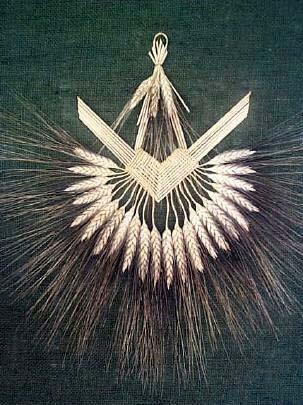 Wheat Weaving