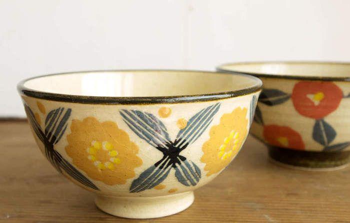 繊細で優しい切り絵調の絵付けにほっこり*【諏佐知子】さんの陶器たち