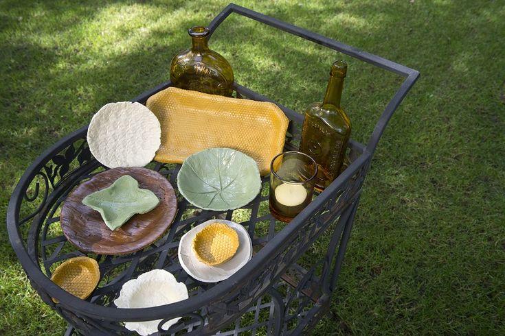 Zelfgemaakte schalen en borden
