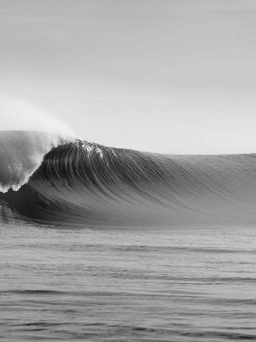 big waves | photography black & white . Schwarz-Weiß-Fotografie . photographie noir et blanc |  @ brent lavett |
