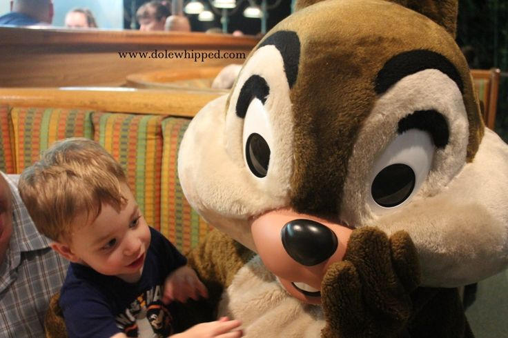 Chip 'n Dale's Harvest Feast: Dinner at the Garden Grill Restaurant | Dole Whipped  #charactermeal #disneyworld #epcot