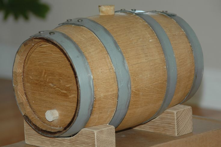 http://thymeforfood.files.wordpress.com/2008/05/vinegar-barrel-3.jpg (23/01/14)