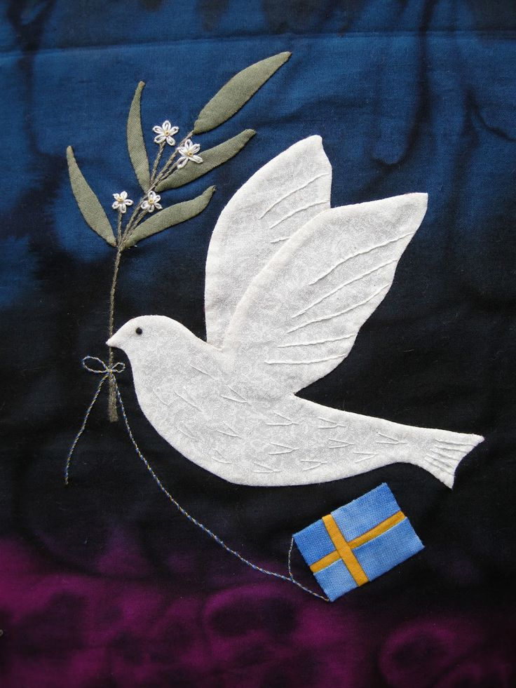 Dove with Olive Branch, NHK partnership quilt block by Queenie at Queeniepatch (Japan, via Sweden and UK)