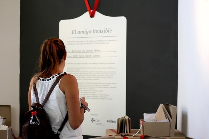 El Amigo Invisible - design: enblanc - client: Universidad CEU Cardenal Herrera