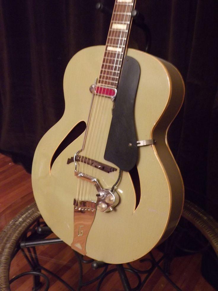 131 best vintage images on pinterest guitars vintage guitars and bass guitars. Black Bedroom Furniture Sets. Home Design Ideas