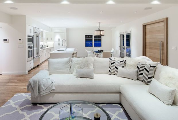 Go Inside Rihanna S Spanish Style Villa In West Hollywood In 2020 Condo Living Room Living Room Designs Formal Living Rooms