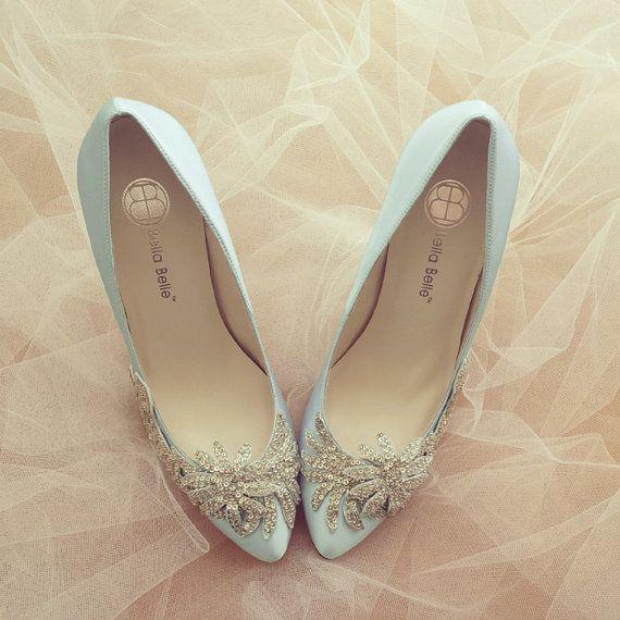 Algo azul zapatos de boda de cristal vid apliques abalorios adorno Satén nupcial bombas Belle Bella amanecer