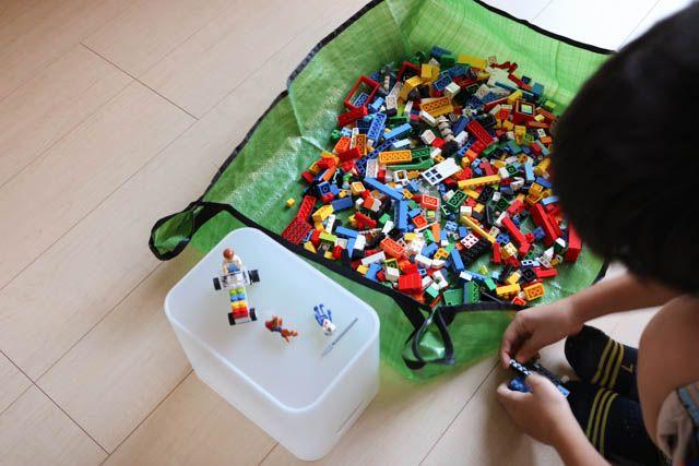100均園芸シートで、ブロック遊びの片づけを簡単シンプルに!