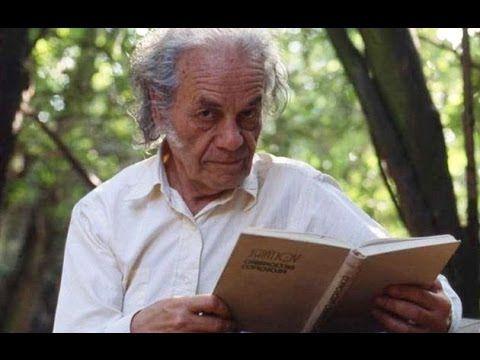 Diaporama con un poético análisis de la obra de Nicanor Parra, realizado por el…
