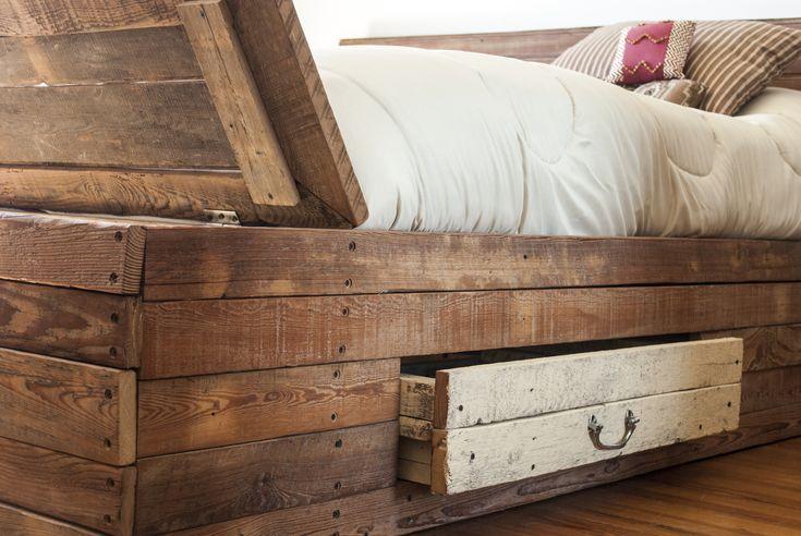 Cajonera y baulera de una cama hecha con maderas recicladas by  WOODHEAD  www.facebook.com/WHMUEBLES