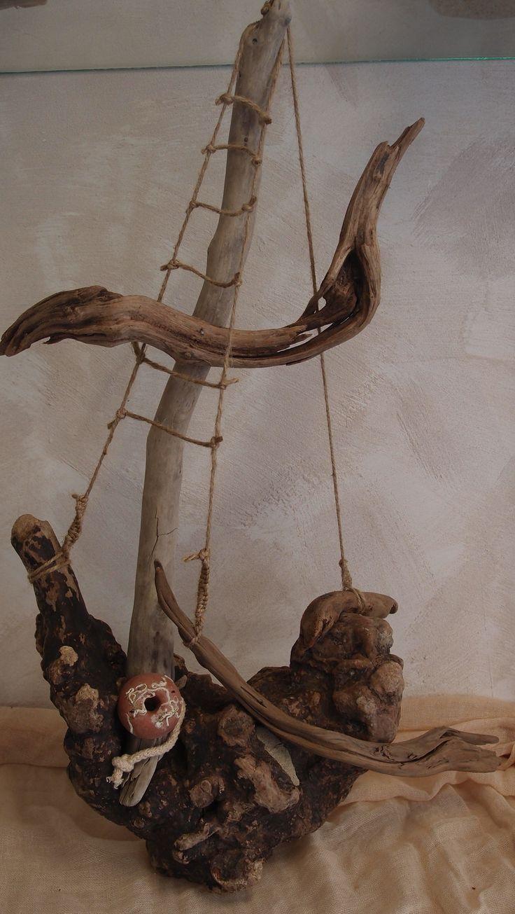 boat from driftwood.καραβι απο θαλασσοξυλα