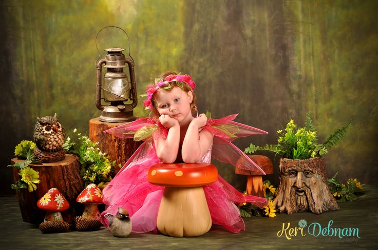 Pixie/fairy session.  Kids photography facebook.com/keridebnamphotography