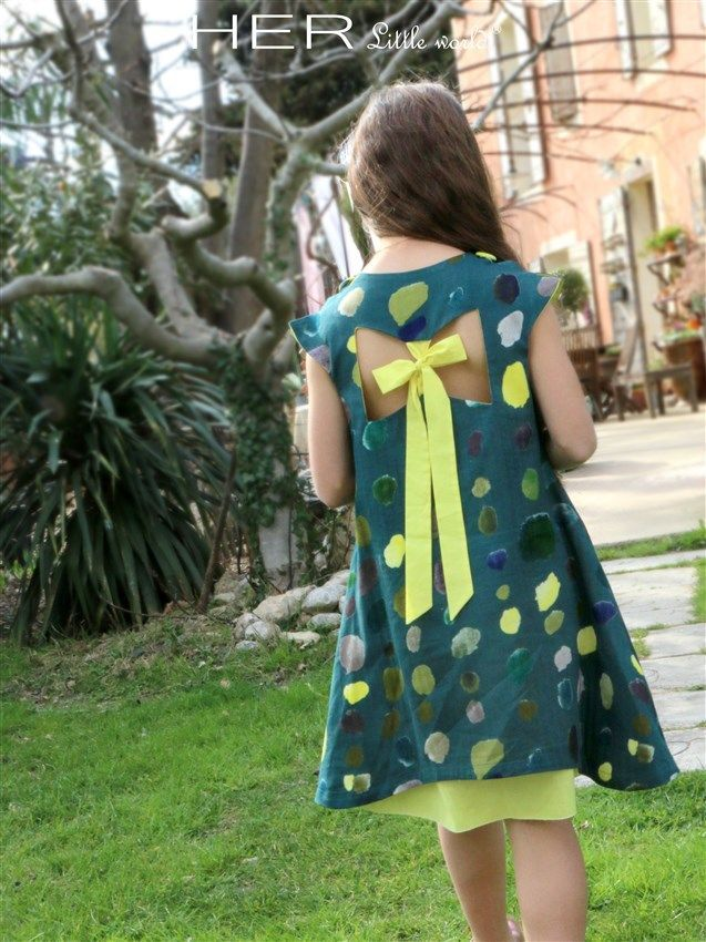 HER Little world, Patron de couture pour vêtement enfant, robe Pensive