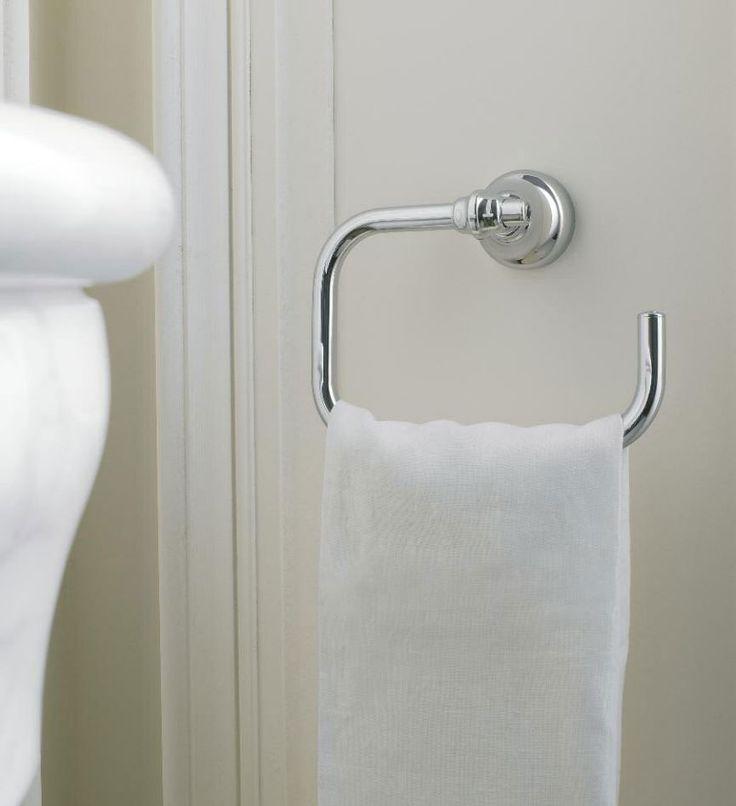 porta asciugamani 800 by zazzeri porta asciugamani ad anello 800 realizzato in metallo nella finitura cromo