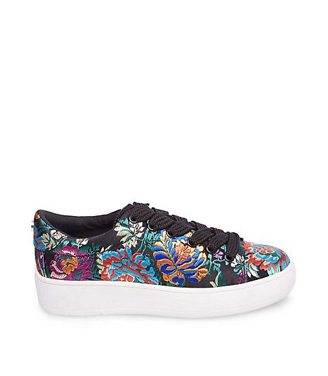 Fashion sneakers by Steve Madden are bold and stylish, combining comfort  with great design.