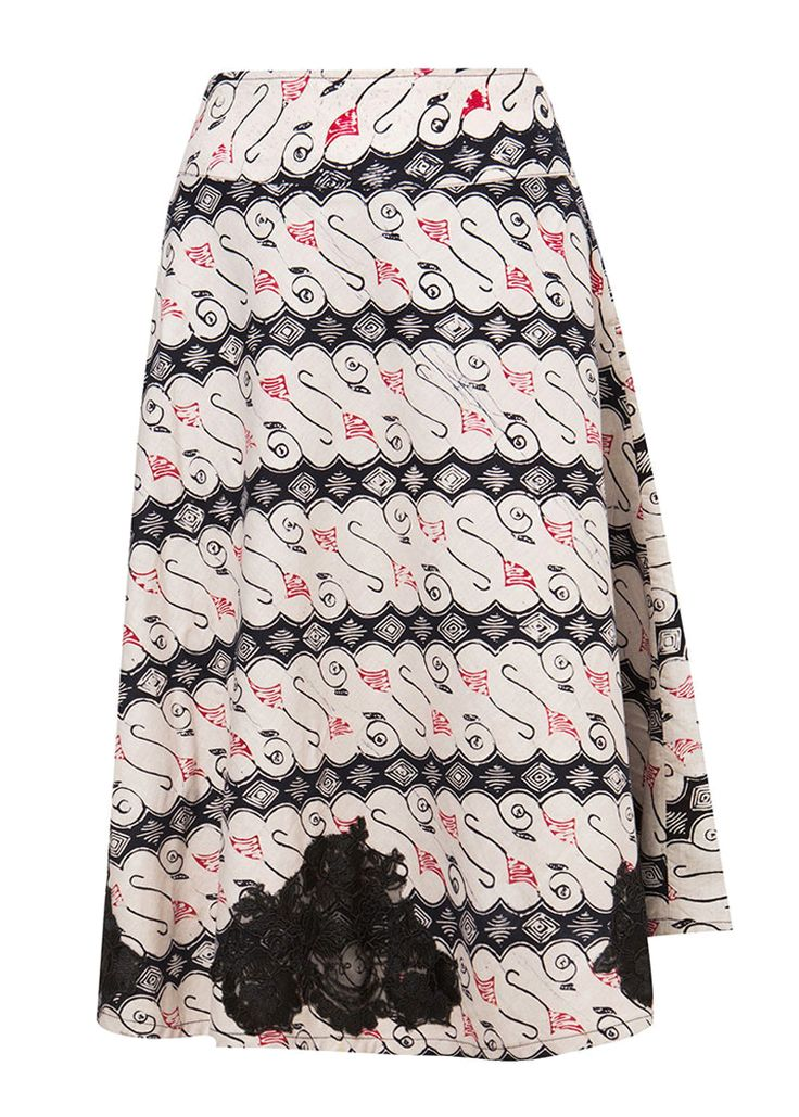 Rok Garut Trikot by Batik Etniq Craft. Batik garut skirt with a batik pattern, skirt that made of cotton, with a combination of black and white color, zipper on the side, laces details on the tip, perfect for any occasion.   http://www.zocko.com/z/JIi6i