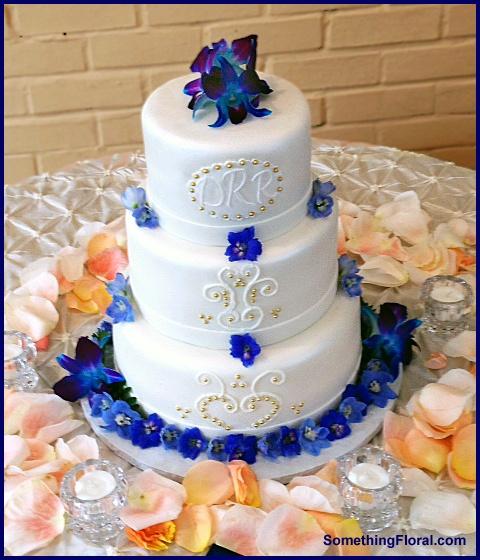 Wedding Flowers Warren Mi : Best images about wedding cakes on