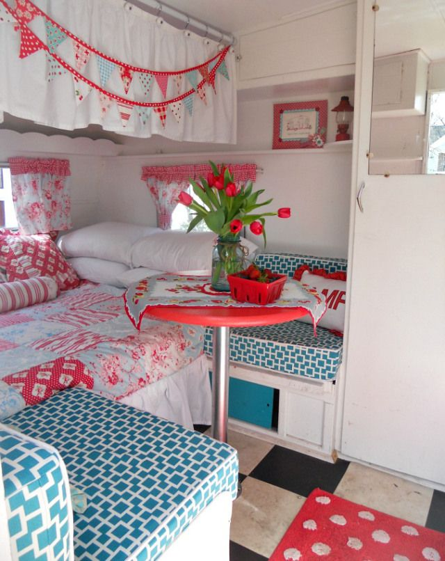 Caravan - cornbread and beans blog 023 | this set up could work in a Surfside with a front galley - rear bed