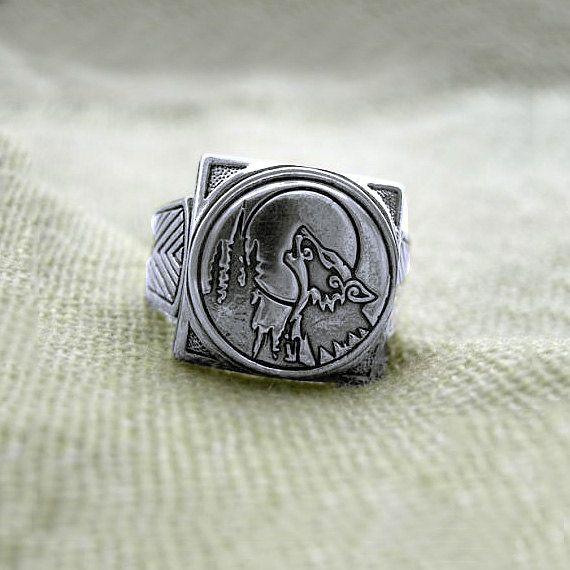 Fenrir Wolf Ring. Wolf ring wolves ring. Viking Wolf Ring ...