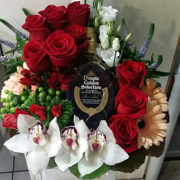 Τριαντάφυλλα κόκκινα,  Ορχιδέες , Ζέρμπερες, λυσιανθος και Dimple. #Dimple #ανθοπωλείο #αποστολη #λουλουδιων #on_line_flowers #send_bouquets