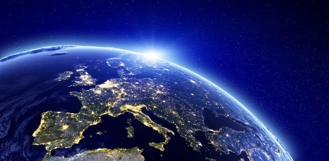 ziemia-2047150-europa-657-323