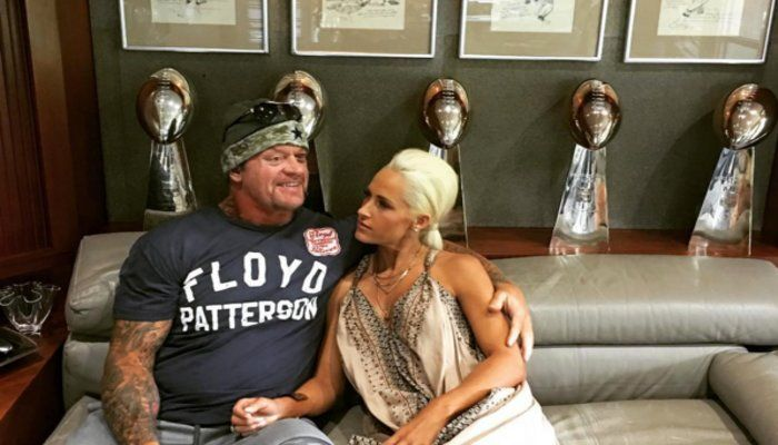 The Undertaker Smiled Like A Little Kid When He Visited Jerry Jones' Office