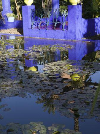 Villa Reflexion, Jardin Majorelle and Museum of Islamic Art, Marrakech, Morocco Photographie par Walter Bibikow sur AllPosters.fr