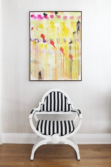 absractDecor, Bright Art, Black And White, Interiors, Cleaning Design, Black White, Stripes Chairs, White Wall, Bright Colors