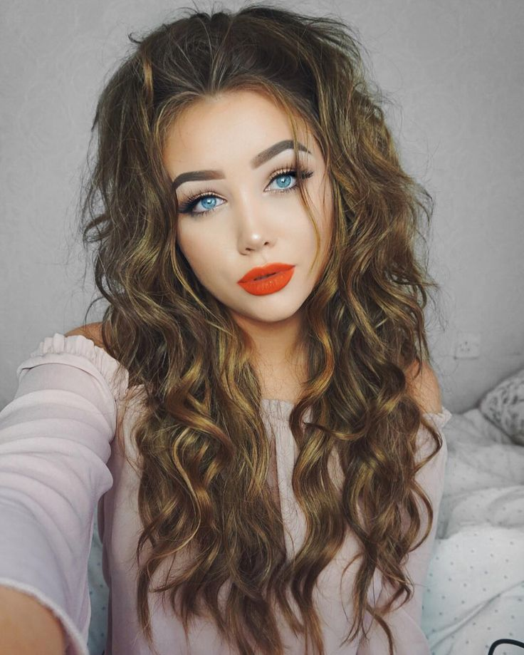 Sexy Hairstyles 20 sexy hairstyles that are actually easy to do Ohmygeee Is Gorgeous In Big And Sexy Curls