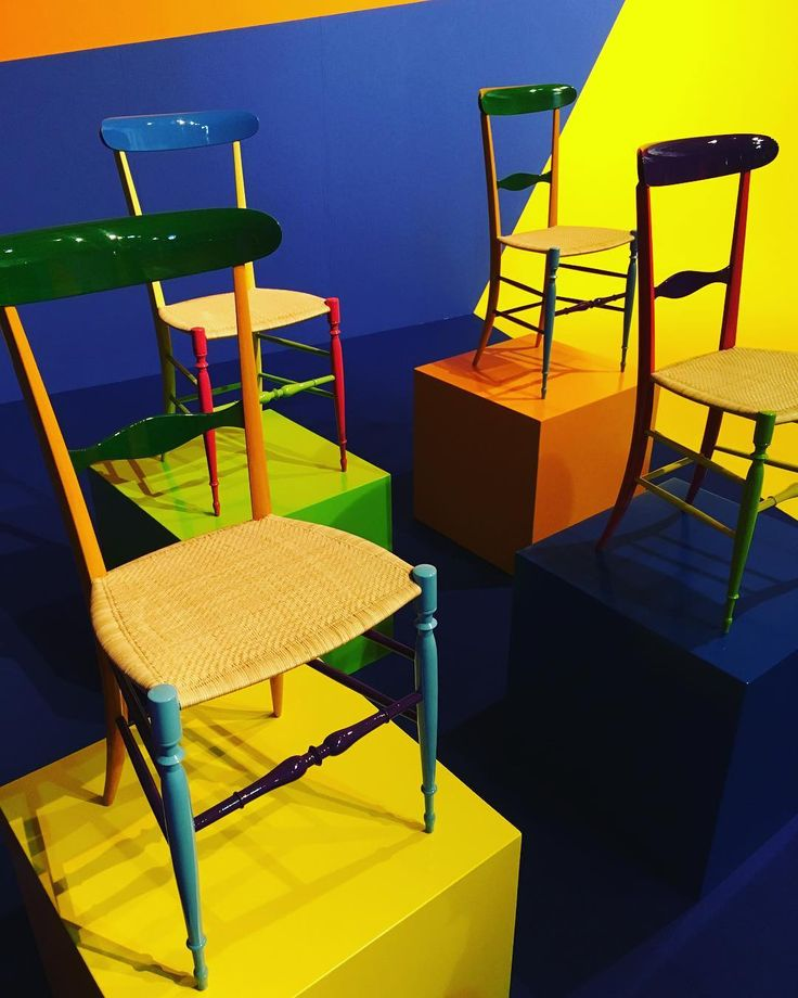 @fratelli_levaggi and their beautiful #chiavarichairs at #superdesignshow2017 @milan.design.week @superstudiogroup @fuorisalone #milanodesign #MDW2017 #chairs