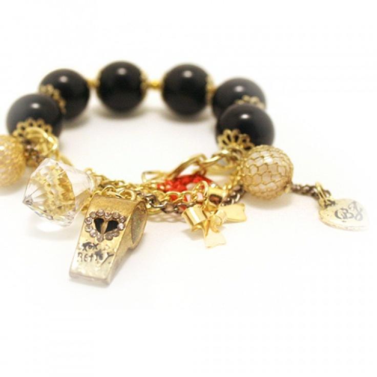 Le bracelet Girl
