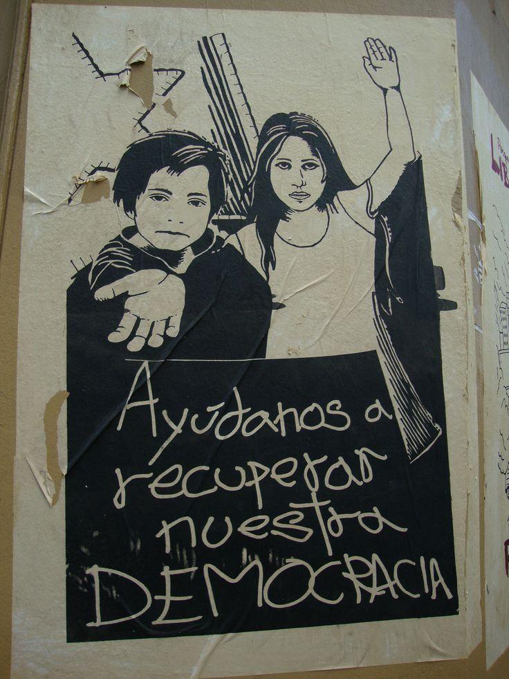 Ayúdanos a recuperar nuestra democracia. Santiago de Chile, Romería al Cementerio General, 8 de sept. de 2013. A 40 años del golpe.