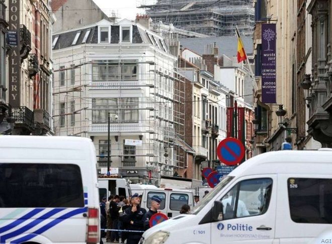 Bruxelles, spari a museo ebraico. Pesante bilancio: quattro morti