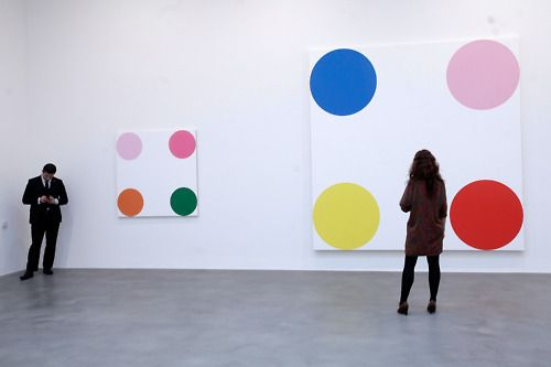 Damian Hirst's Spot paintings represent the world and everything in it.Hirst Spots, Damian Hirst, Hirst 8217 Spots, Hirst Exhibitions, Latest Damien, Damien Hirst, Art Sake, Spots Painting, Gagosian Gallery