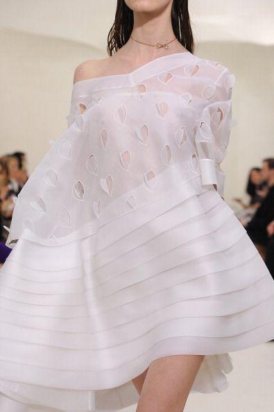 Dior sposa 2014 asimmetrici