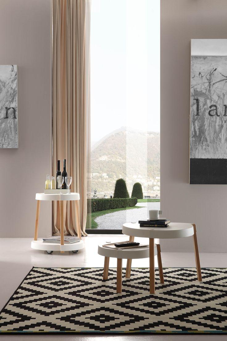 Faggio naturale per tavolini dal design minimale ma incredibilmente utili. By Viadurini Collezione Living. [www.viadurini.it]