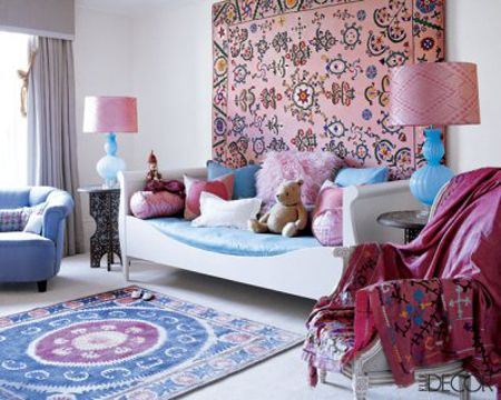 girls pink and blue day bed room