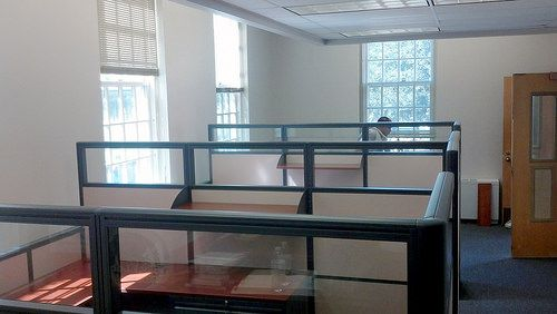 Final cubicle installation at a university in Maryland