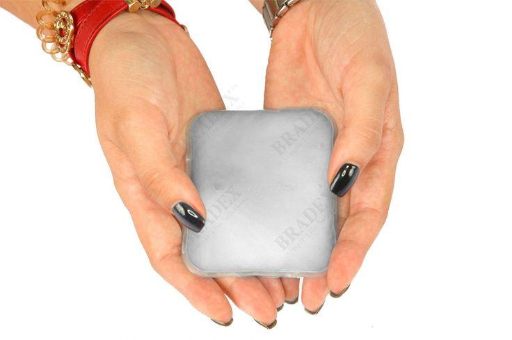Грелка солевая саморазогревающаяся АРТИКУЛ: KZ 0367 Грелка солевая саморазогревающаяся – это быстрый и безопасный способ согреться. Нет необходимости разогревать грелку в микроволновой печи или другими способами. Достаточно запустить реакцию кристаллизации с помощью пластинки-пускателя внутри грелки, которая сопровождается выделением тепла. Благодаря этому простому и надежному механизму грелку легко использовать дома, в поездке, на даче и даже в походе. #снега #зимананосу #зимапришла #снегом…