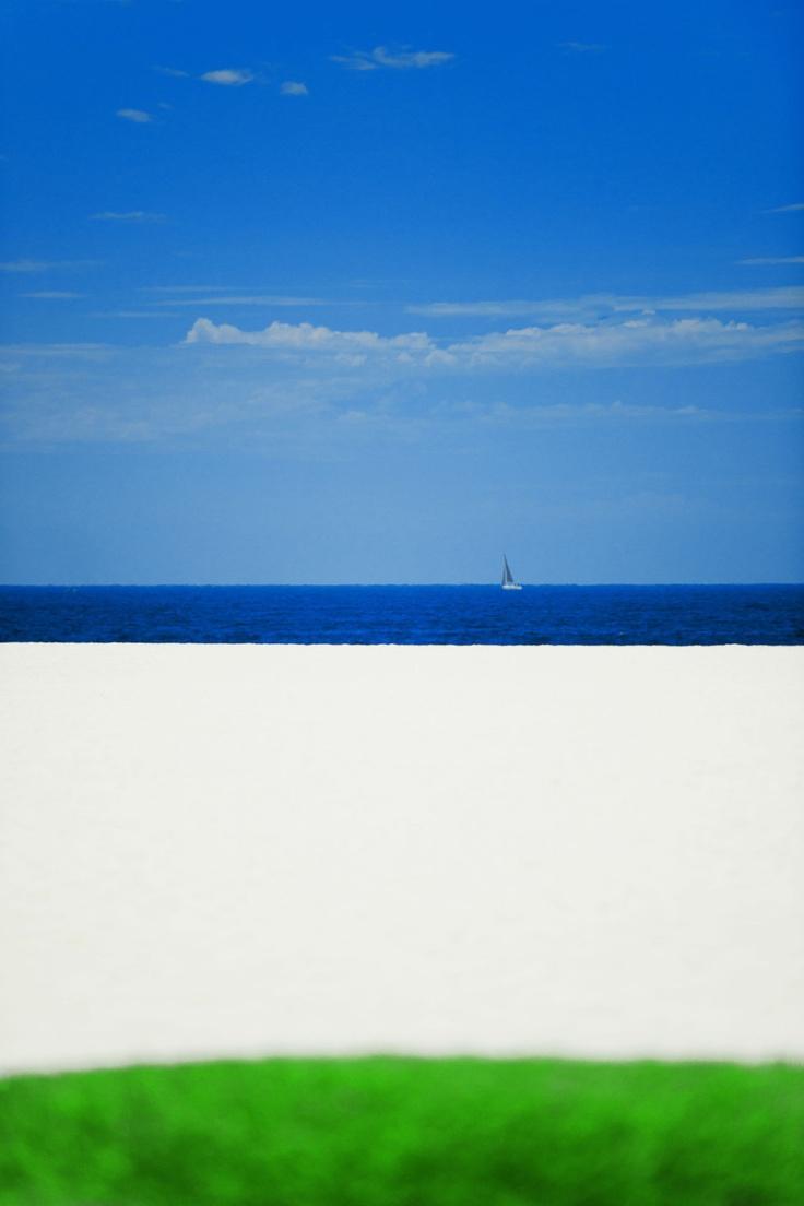 Serge Hamad: Succumbing to Sea & Sky