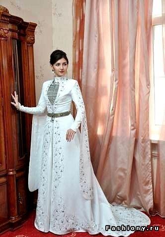 Адыгский (черкесский) женский свадебный костюм / национальные свадебные платья фото