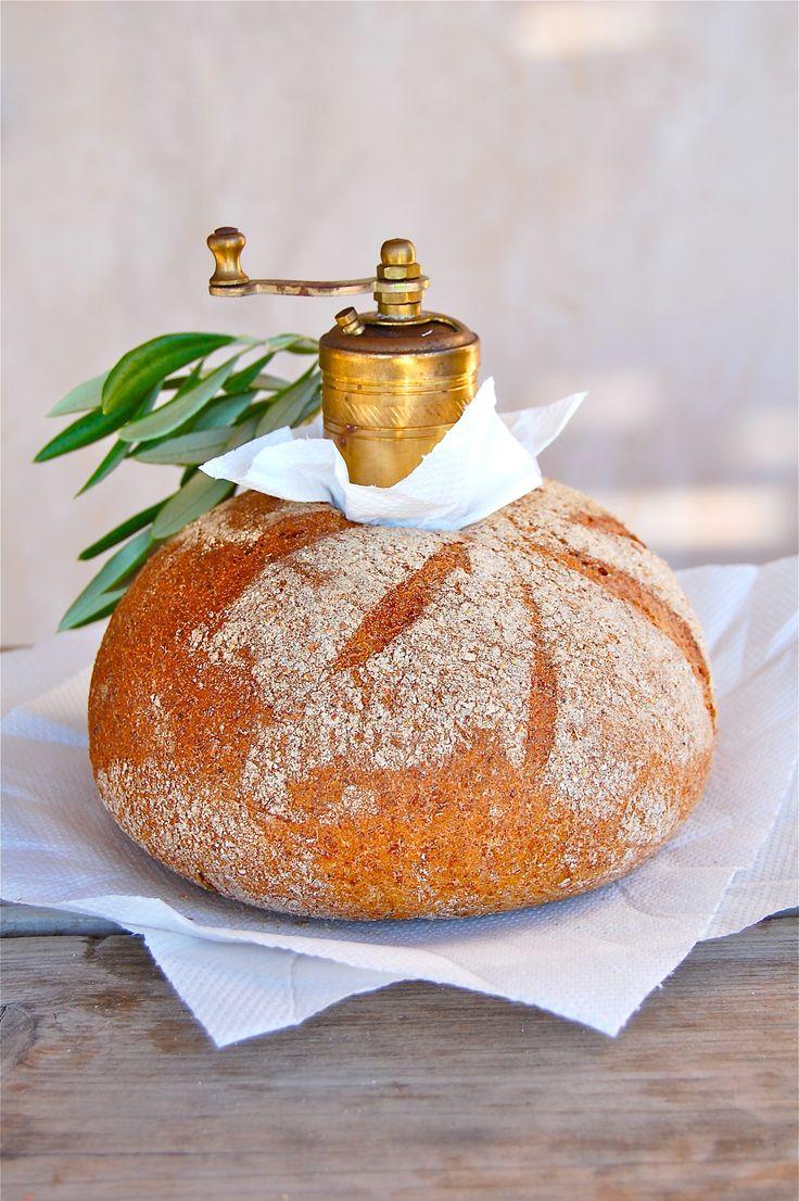 Brot und Salz zur Hauseinweihung