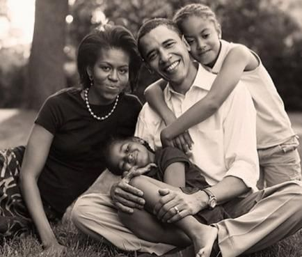Love the Daddy.....44th President of the United States, Barack Obama, wife Michelle and daughters, Sasha, and Melia ...... so sweet...