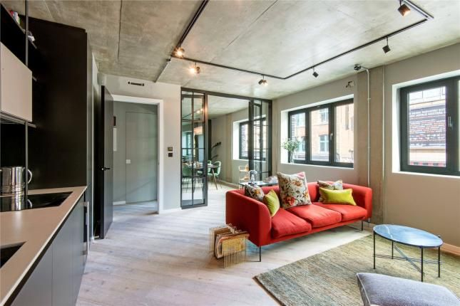 2 Bed Flat For Sale Curtain Road London Ec2a With Price 895 000 Flat Sale Curtain Road London Ec2a 2 Bed Flat House Modern House