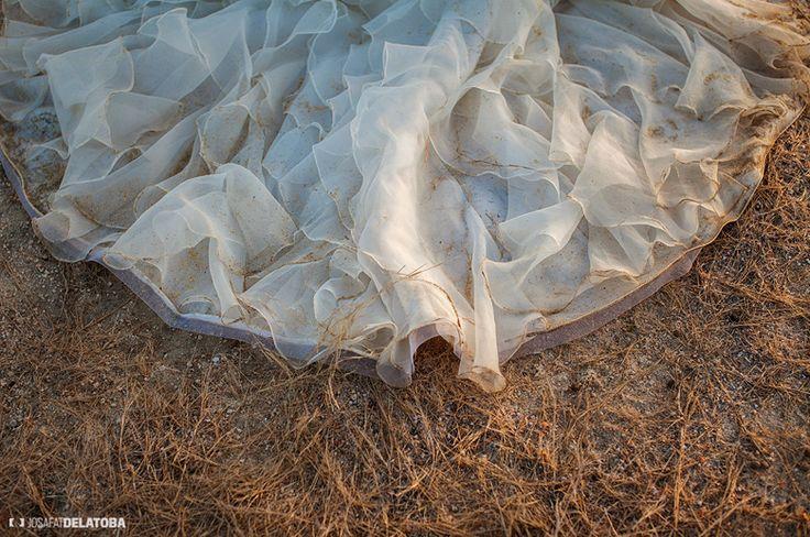 Trash The Dress Photoshoot  #trashthedress #cabophotographer #josafatdelatoba #weddingsinlocabos #caboweddings #loscabos #destinationweddings