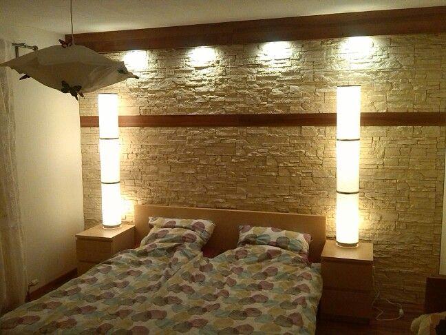 Our selfmade sleeping room. Amazing facing bricks in combination with warm light / Unser selbst gestaltetes Schlafzimmer. Sehr schöne Verblendsteine kombiniert mit warmen Licht