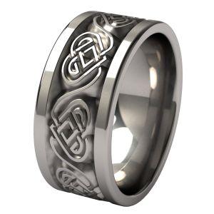 Beautiful Celtic knot carvings - Guinevere Titanium Ring