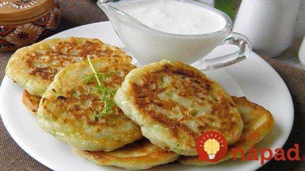 Vynikajúce cuketové lievance s bryndzou. Recept nájdete tu: http://tojenapad.dobrenoviny.sk/vynikajuce-cuketove-lievance-bryndzou/ #lievance #recept #recipe #cuketa #zucchini #pancakes